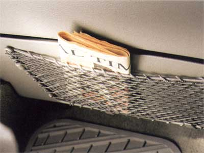 2004 Volvo XC90 Net pocket (glove box)